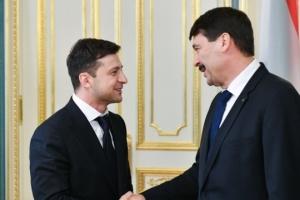 Ungarischer Präsident über seine Vereinbarungen mit Selenskyj