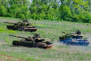 Donbass : 4 militaires ukrainiens blessés suite à 18 attaques ennemies