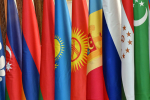 ゼレンシキー大統領、ウクライナのCIS関連協定からの離脱を決定