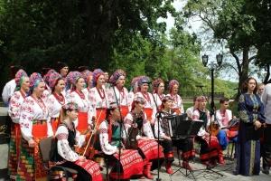 В Чернигове почтили память Тараса Шевченко по случаю годовщины его перезахоронения