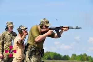 В Сухопутных войсках ВСУ определили лучших по скоростной стрельбе