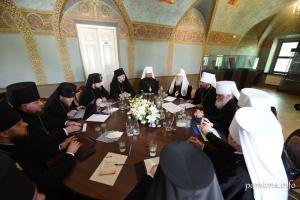 Синод ПЦУ заборонив духовенству балотуватися у Раду