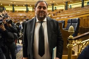 Парламент Іспанії відсторонив ув'язнених каталонських депутатів