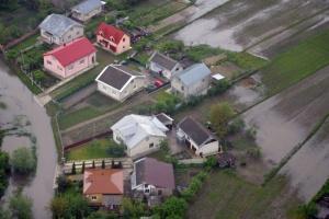Зеленський підписав указ про ліквідацію наслідків повені на заході України