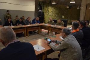 Военным советникам из стран ОБСЕ показали новое российское оружие на Донбассе