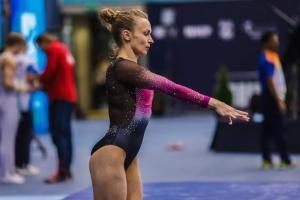 Спортивна гімнастика: Радівілова виборола три медалі на Кубку світу