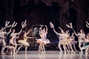 Український балет в Дубаї подарував глядачам феєрію танцю та музики
