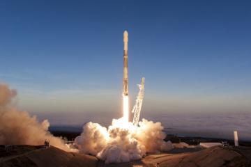 SpaceX знову відклала запуск Falcon 9