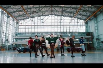 La banda china WayV rodea un vídeo en Kyiv (Video)