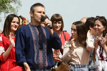 歌手ヴァカルチューク氏の「声党」、新しい選挙制度の採択を主張