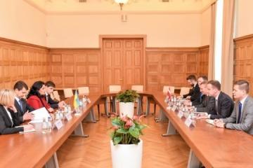 Rinkevics: Letonia continuará apoyando a Ucrania en la realización de reformas