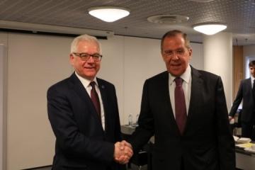 Polish, Russian foreign ministers in Helsinki discuss Ukraine and Kaczynski's plane