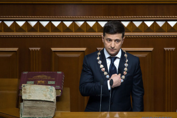 ゼレンシキー新大統領、ドンバスの平和のためなら大統領職を失う覚悟すらあると発言