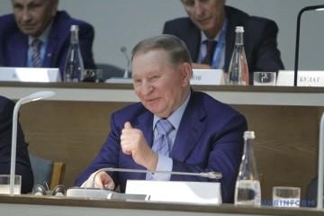 クチマ元大統領、ゼレンシキー新大統領にアドバイス「口数を減らして、より多くの仕事を」