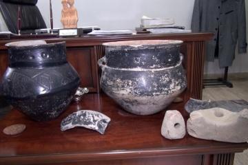 Турецкий фермер нашел на огороде артефакты, которым около 5 тысяч лет