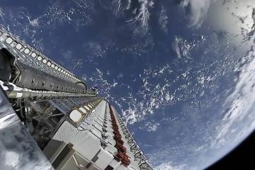 Starlink чуть не столкнулся в космосе со спутником британской OneWeb