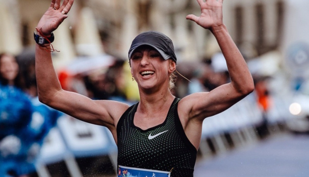 Украинка Хапилина выиграла марафон в Кракове с олимпийским нормативом