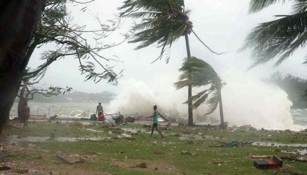 МЗС попереджає про евакуацію на сході Індії через шторм