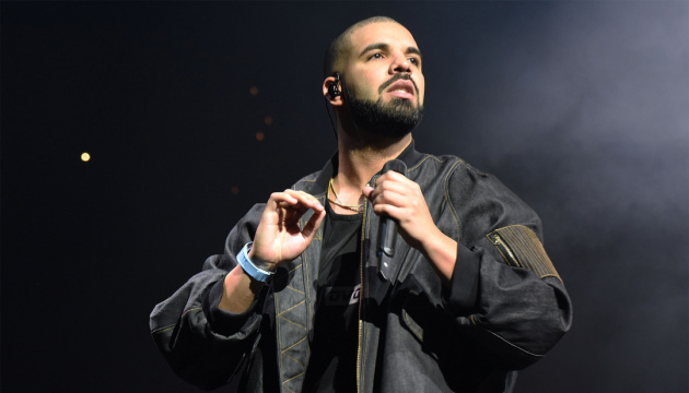Репер Дрейк отримав 12 нагород Billboard Music Awards