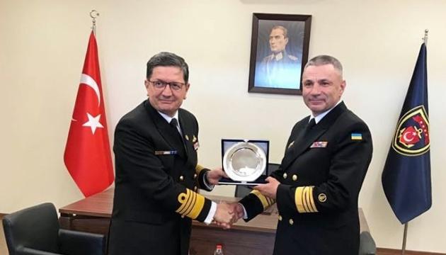Командувачі ВМС України та Туреччини обговорили безпеку та співпрацю