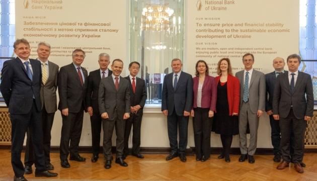 Посли G7 стурбовані судовими рішеннями за позовами Коломойського - НБУ