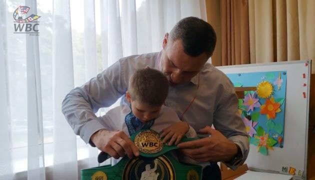 Кличко: Я більше не б'юся на рингу, але борюся за своє місто та країну