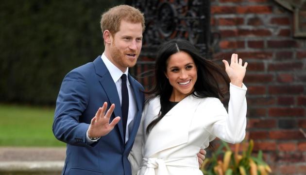 Королева созывает срочное совещание, чтобы обсудить будущее Гарри и Меган