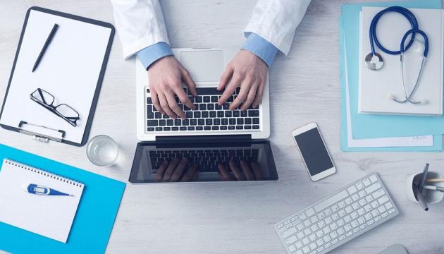 В сельских амбулаториях провели уже более 1800 телемедицинских консультаций