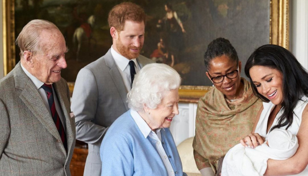 Син принца Гаррі не матиме королівського титулу