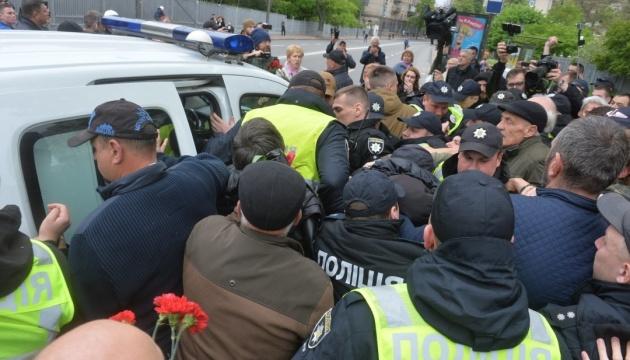 Поліція зафіксувала 33 порушення під час акцій 9 травня