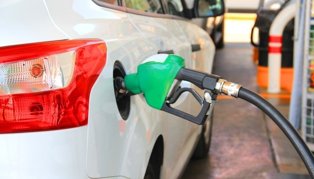 На АЗС Київщини бензин А-95 коштує 27,69-31,99 гривні