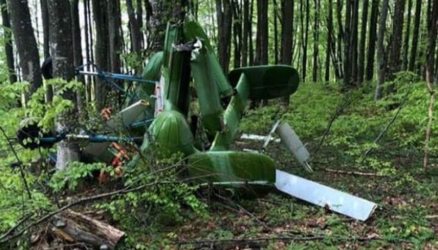 На українсько-румунському кордоні знайшли уламки гелікоптера і тіло пілота