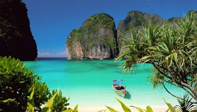 Самый известный в Таиланде пляж будет закрыт для туристов еще два года
