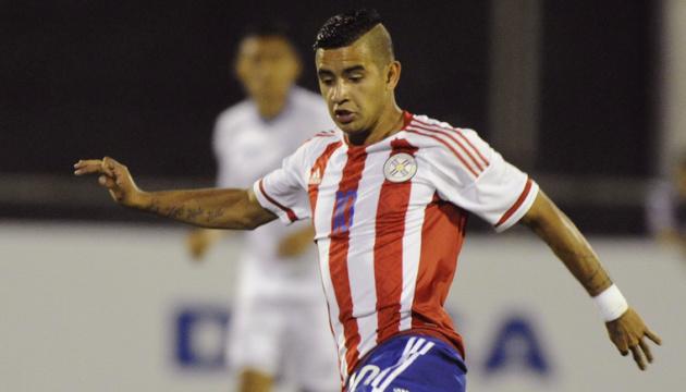 Футбол: Дерліс Гонсалес потрапив до розширеного складу збірної Парагваю