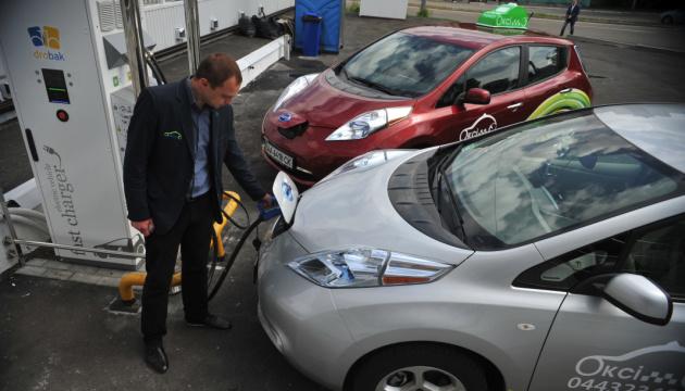 Український ринок електромобілів у листопаді скоротився майже на 28%