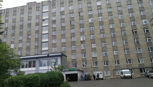 Готелі, лікарні, будинки: у Львові