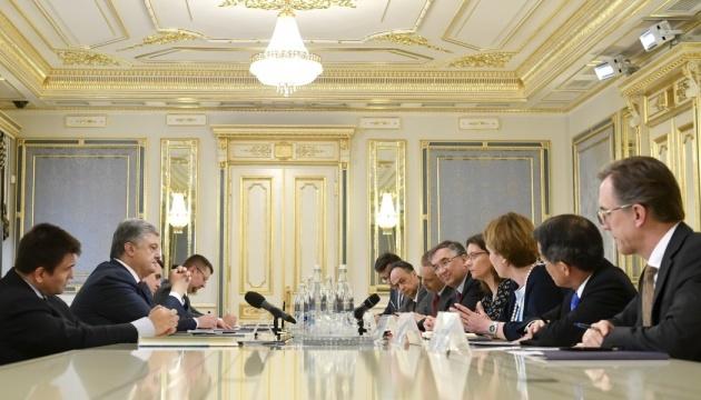 Poroschenko ruft Botschafter der G7- und EU-Staaten auf, Ukraine weiter zu unterstützen