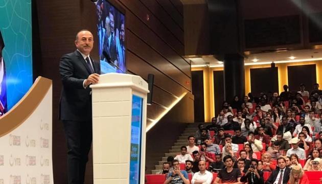 Анкара знову запевнила, що не визнає анексії Криму