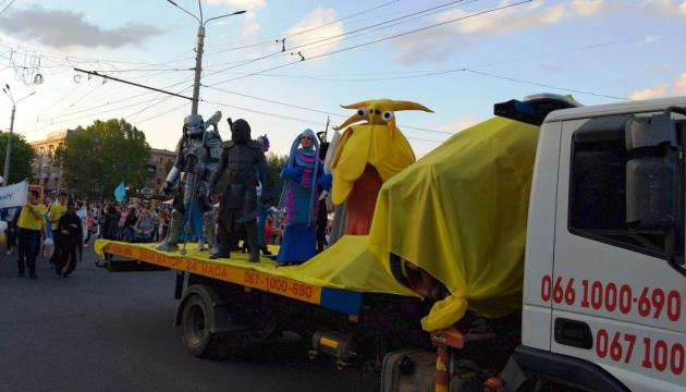 Мельпомена Таврії: карнавал відкрив міжнародний фестиваль у Херсоні