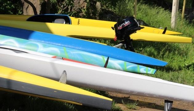 На Вінниччині юним спортсменам-веслувальникам коштом облбюджету придбали байдарки