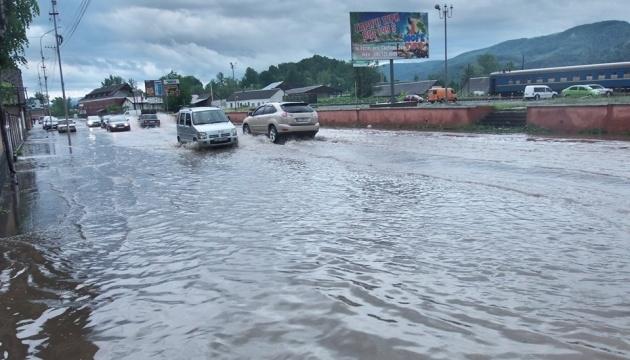 Сильні опади на Закарпатті: зафіксовані підтоплення у трьох районах