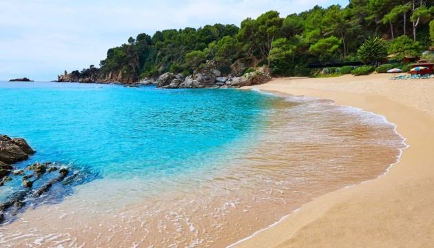 Названо країни з найчистішими пляжами