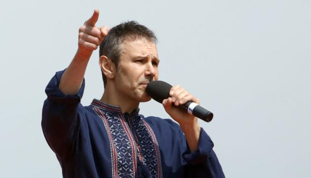 Вакарчук: Если депутат прогулял 50% заседаний, должен сдать свой мандат