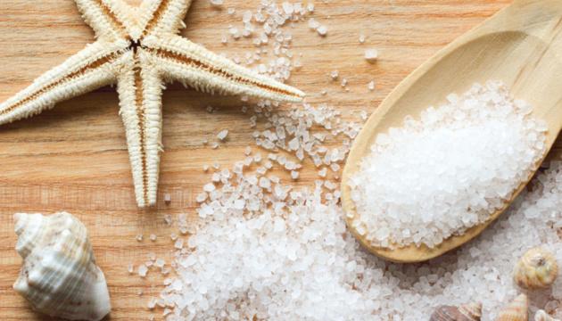 Супрун радить замінити звичайну сіль на йодовану
