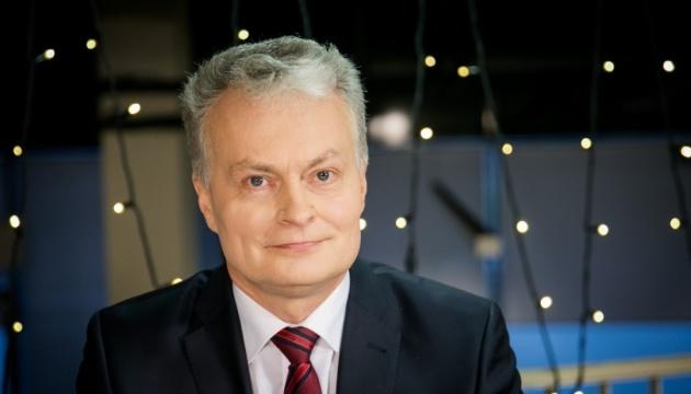 Президент Литви закликав Україну продовжувати курс на ЄС і НАТО