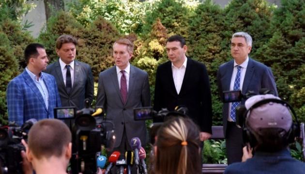 U.S. senator arrives in Odesa