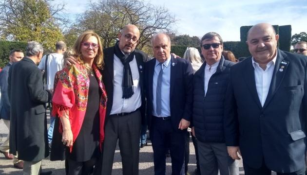 Українська громада і УКТ «Просвіта» взяли участь у святковому обіді у президента Аргентини