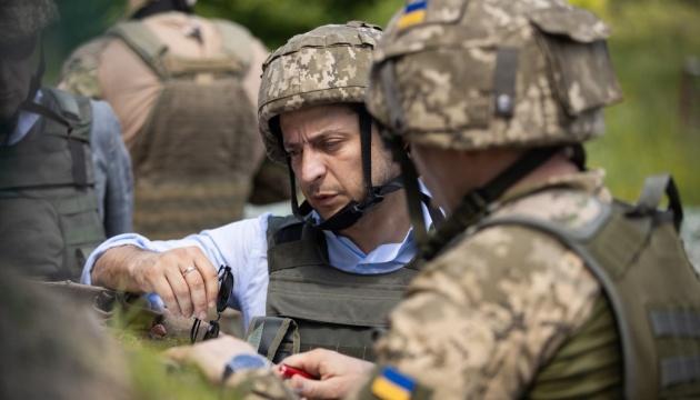 Präsident Selenskyj über Truppenentflechtung in Stanyzja Luhanska: Erster Schritt zur Feuereinstellung - Video