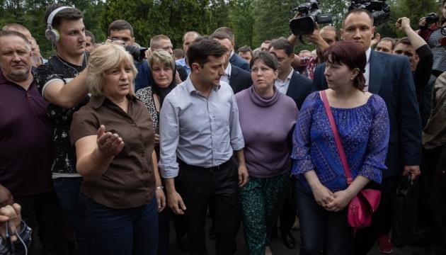 Зеленський зустрівся з родинами загиблих на шахті