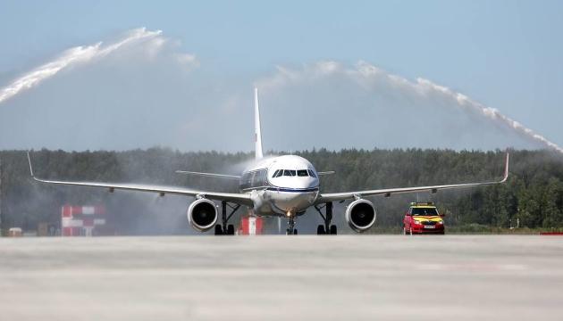 Самолет Airbus A320 совершил аварийную посадку в Шереметьево - СМИ